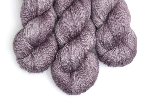 Angel Delight lace | Muted Aubergine